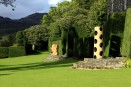 wood sculpture brondanw gardens